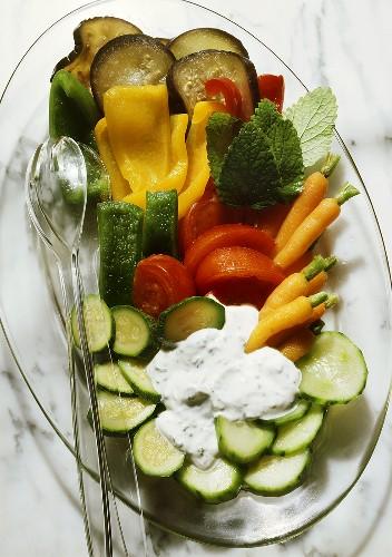 Vegetable Platter with Herb Garlic Sauce