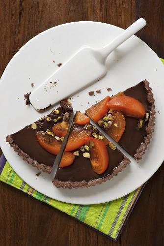 Chocolate tart with kaki