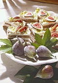 Cream and nut slices with figs
