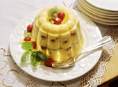 Large Vanilla Pudding with Fruit