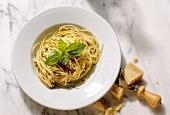 Spaghetti aglio, olio e peperoncino (spicy spaghetti)