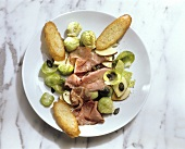 Brussels Sprouts-Roastbeef Salad