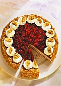 Cranberry gateau with nuts