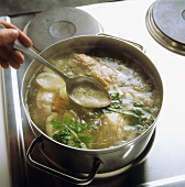 Light veal stock