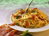 Spaghetti with Zucchini and Lemon Sauce