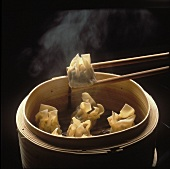 Won Ton in Chinese Steamer