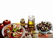 Insalata caprese e olive condite (two appetisers, Italy)