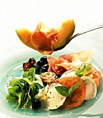 Antipasto misto (plate of appetisers, Italy)
