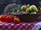 Reife & unreife Tomaten