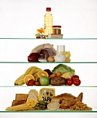 Food pyramid; fats; fish; vegetables; pasta