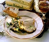 Kalbsschlegel mit Morcheln & Sahnesauce (Anjou, Frankreich)