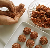 Forming meatballs