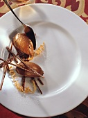Abgestochene Mousse au Chocolat