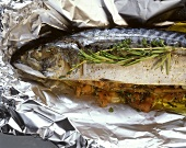 Mackerel & vegetables cooked in aluminum foil