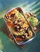 Wirsing mit Pilzen, Möhren & Sesam aus dem Backofen