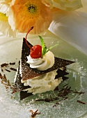 Chocolate cream tartlet (with chocolate leaves)