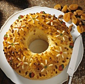 Yeast wreath with candied fruit pieces & dried fruit