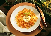 Carrot spaghetti (raw carrot with celery and mascarpone)