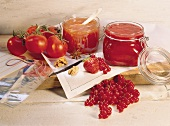 Apricot and tomato jam and cold-stirred berry jam