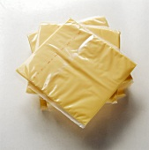 Processed cheese slices for toasting
