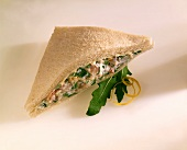 Sandwich with vegetable spread