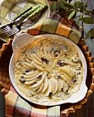 Potato and pear gratin in the gratin dish