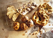 Yeast plait, pretzel and rolls