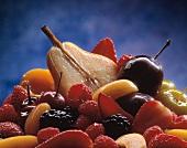 Fruit and berry salad (close-up)