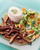 Rindergeschnetzeltes mit Gemüse & Reis