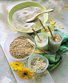 Various types of cereal and wholemeal flour in bowls