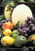 Herbstliches Früchtestilleben
