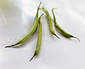 Four green beans (French beans)