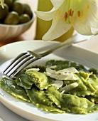 Ravioli verdi (Ravioli with herb & cheese filling, Italy)