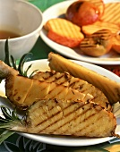 Grilled pineapple & grilled fruit platter with honey sauce