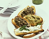 Crostini alla toscana (toasted bread with olive- & bean paste)