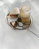 Tramezzini e latte macchiato (sandwiches & milky coffee)