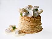 Königinpastetchen mit weißem Spargel & Champignons