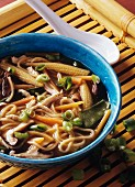 Noodle soup with chicken, vegetables & shiitake mushrooms