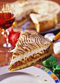 Torta agli amaretti (amaretti  tart with meringue, Italy)