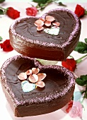 Sweet Love gateau (heart-shaped gateau with rose petals)