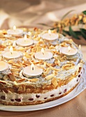 Candlelight cake (almond meringue gateau with tea lights)