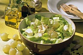 Romana al Gorgonzola (romaine lettuce with grapes & gorgonzola)