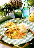 Turkey escalope with pineapple and rice