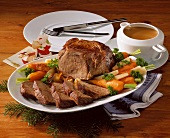 Braised steak with vegetables & red wine sauce