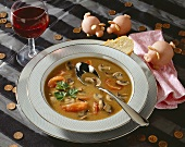 Midnight soup (soup with mushrooms and tomatoes)
