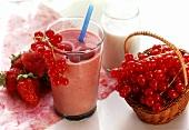 Drinking yoghurt (strawberry, raspberry & redcurrant)