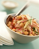 Chick pea salad with onions and fennel