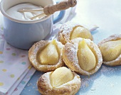 Warm puff pastry pear tartlets with cream