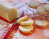 Making German cookies(Heidesand): slicing the dough