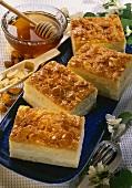 Bee sting cake with cream cheese & honey cream